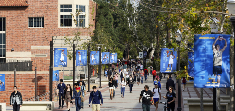 Nearly 300 quarantined in measles scare at 2 Los Angeles universities