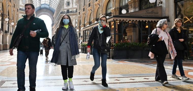 Dow closes down 1,000 points as coronavirus fears slam Wall Street