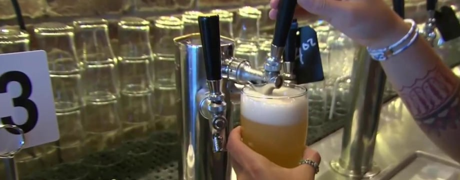 This Oregon Pub is Pouring Compassion by the Pint