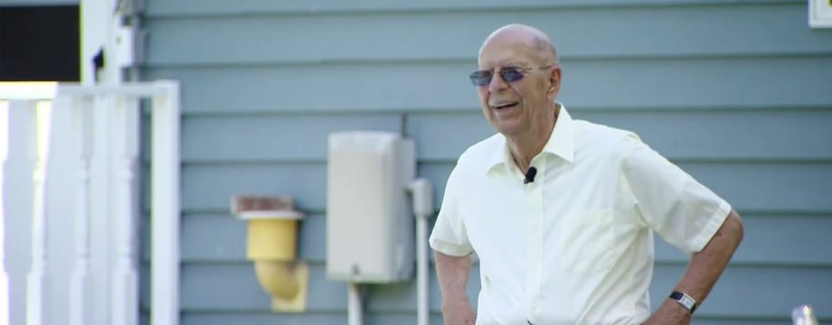 94-Year-Old Puts in Pool for Neighborhood Kids