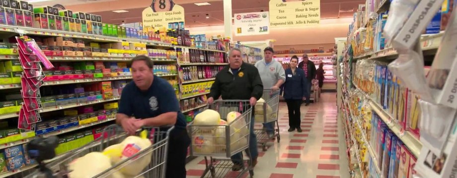 Boston firefighters help families in need celebrate Thanksgiving