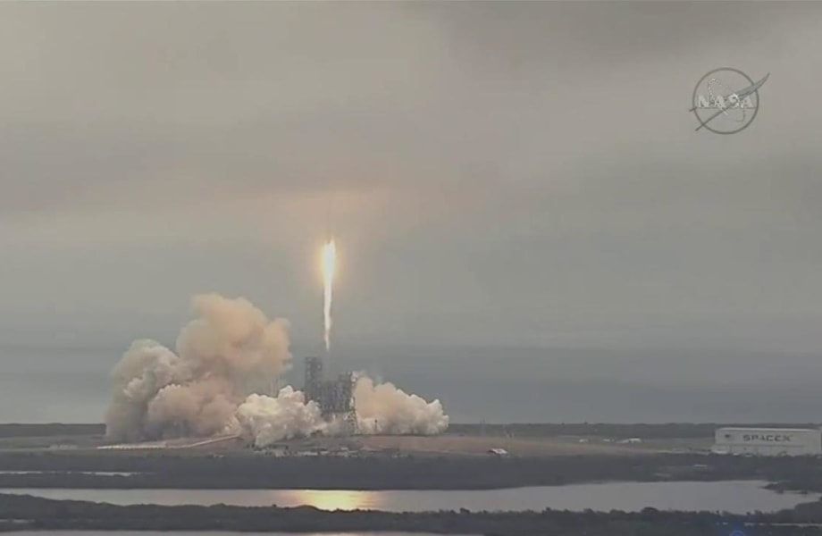 SpaceX Successfully Launches Rocket from Historic NASA Pad in Florida