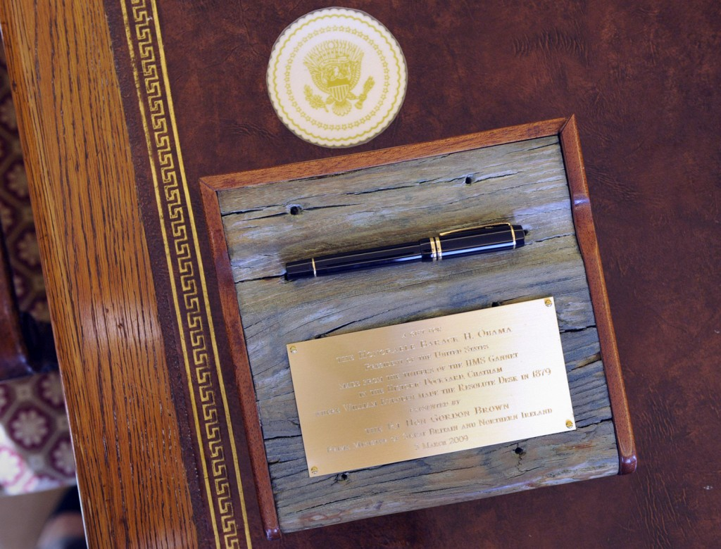 Obama Resolute Desk Nbc News