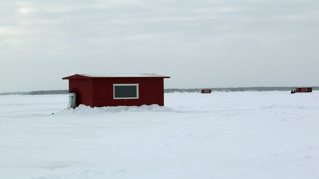 39 roughing it 39 in mille lacs fish houses nbc news for Lybacks ice fishing