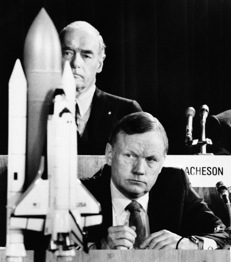 chairman neil armstrong - photo #25