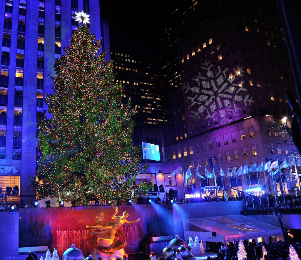 holiday season lights up nbc news - Purple Christmas Tree Lights