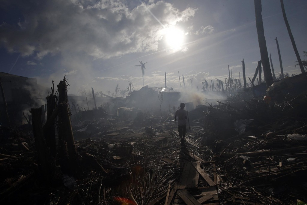 Natural catastrophes claimed more lives in 2013 than the year before, but cost less than the average over the past 10 years.