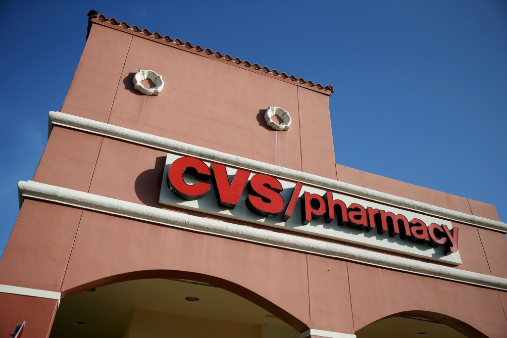 Image: Drug Store Chain CVS Caremark Announces It Will Stop Selling Cigarettes