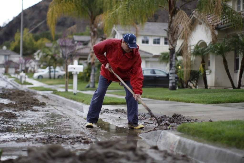 Image: Rain storms threaten parched southern California with mudslides