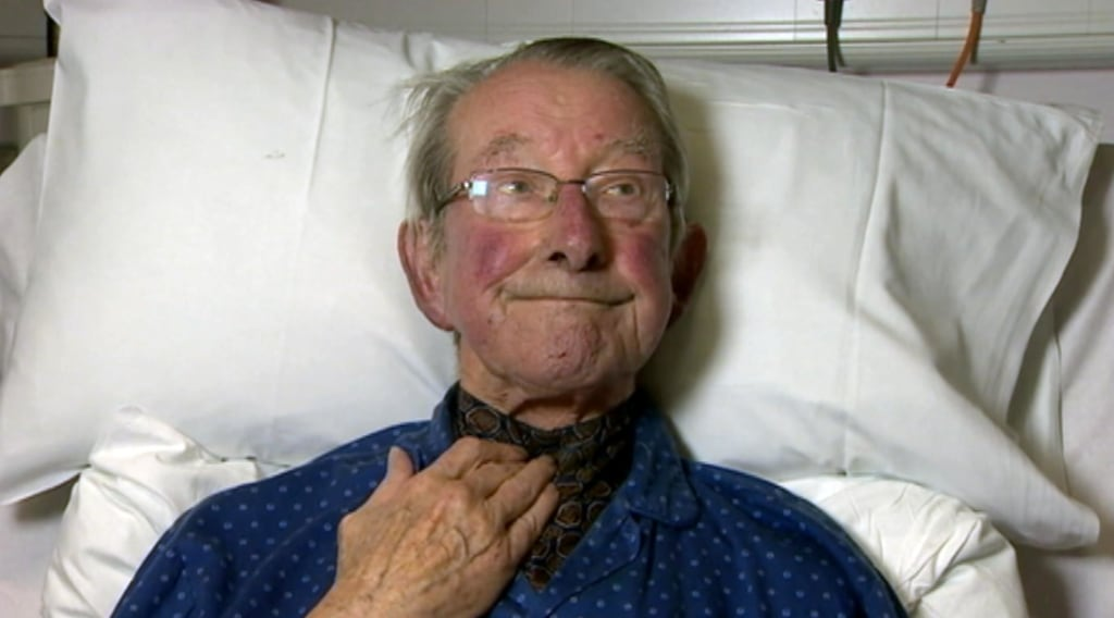 81-year-old Paul Cantlie appealed for the release of his son John Cantlie in a video recorded from a hospital bed.