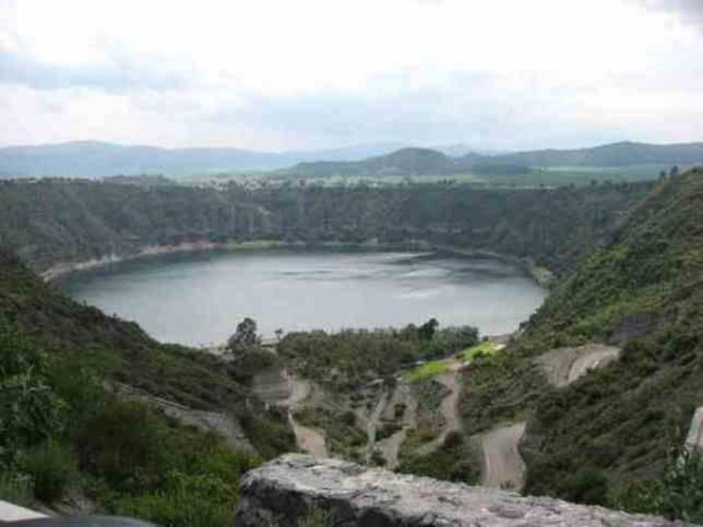 Image: Lake