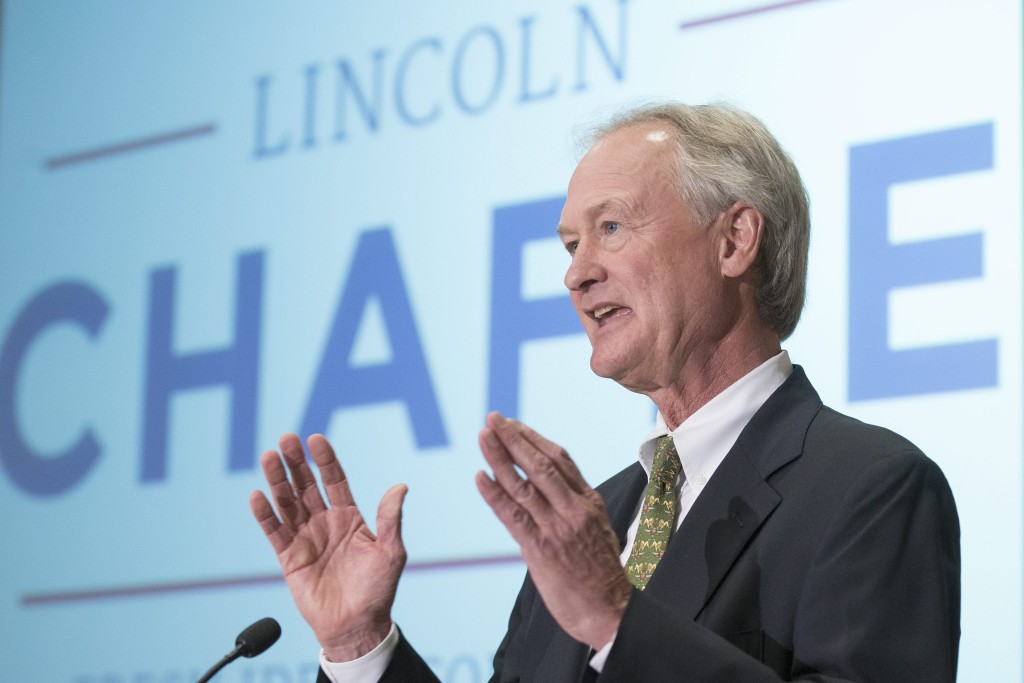 Image: Former Rhode Island Governor Lincoln Chafee announces candidacy