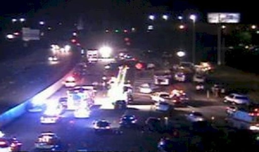 IMAGE: Tennessee Interstate wreck
