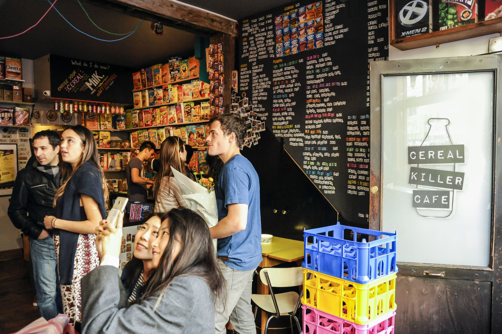 Image: Interior of The Cereal Killer Cafe