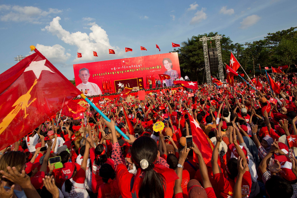 Image: Supporters of Myanmar's opposition leader Aung San Suu Kyi