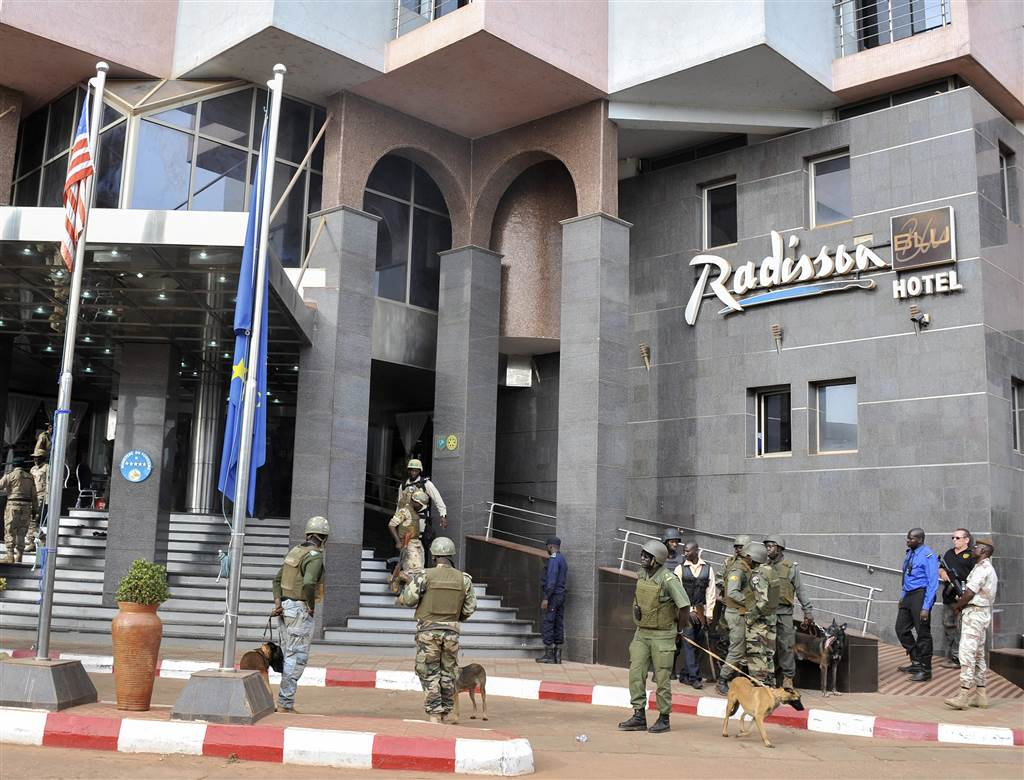 Security Forces Surround The Radisson Blu Hotel During A Hostage Situation In Bamako Mali On Nov 20 Ic Extremists Armed With Guns And Throwing