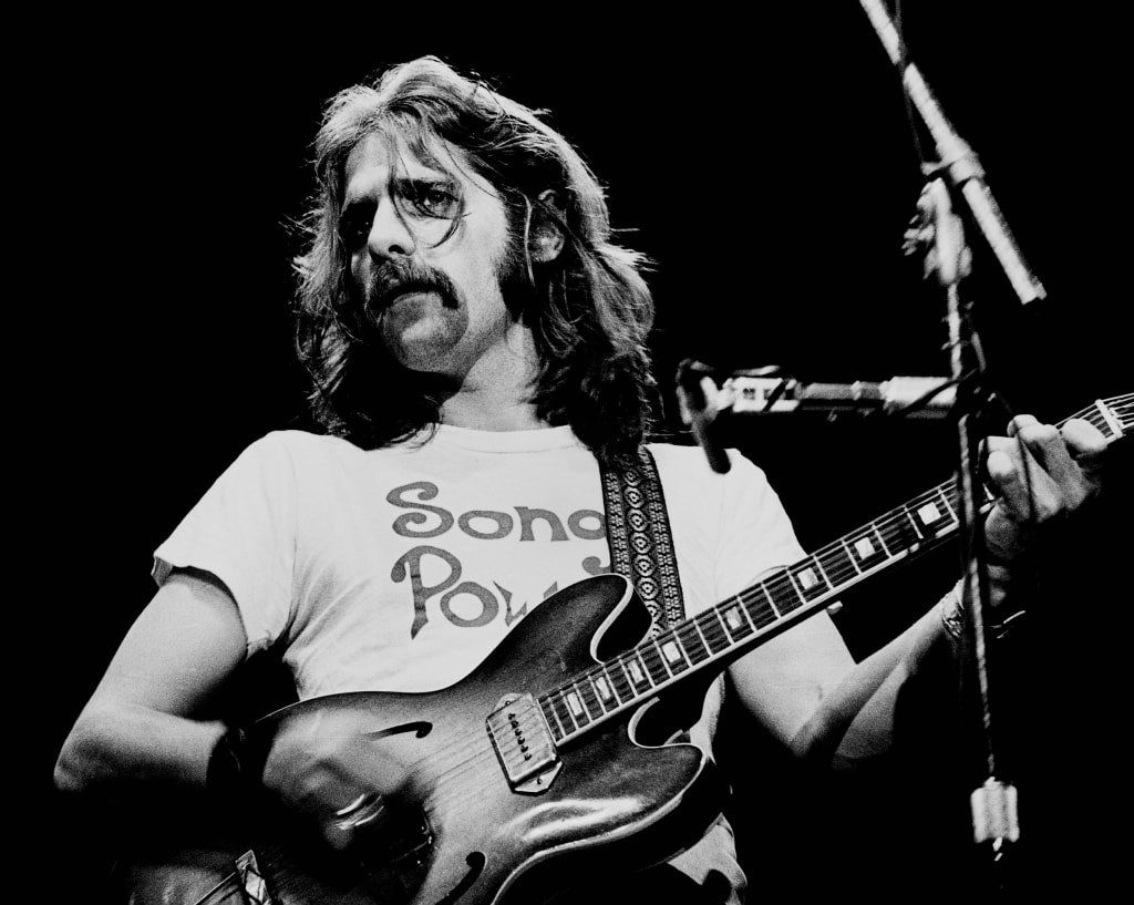 Image: Glenn Frey of the Eagles performs on stage