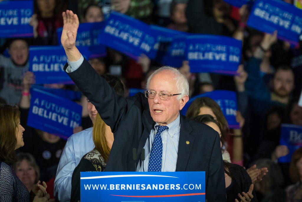 Image: Democratic presidential candidate, Sen. Bernie Sanders, I-Vt,  waves to the crowd