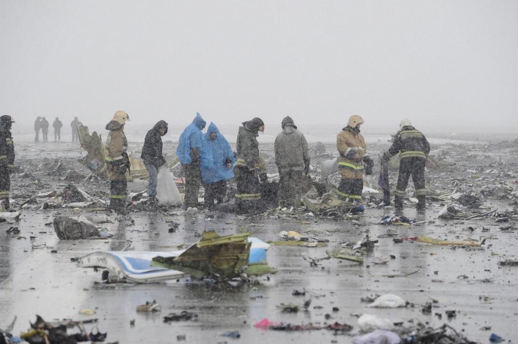 Image: View shows crash site of Flydubai Boeing 737-800 Flight FZ981 in Rostov-On-Don