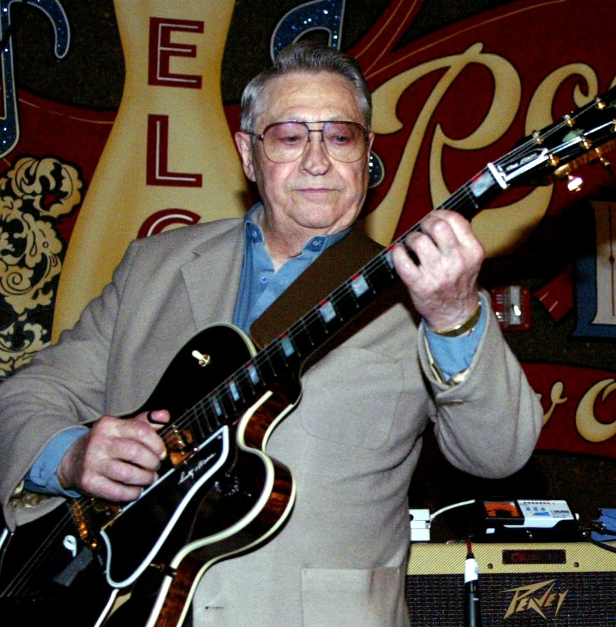 IMAGE: Scotty Moore in 2003