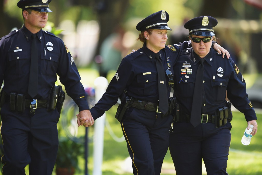 compare and contrast two police officers Us department of justice dedicated to community policing learn more about the cops office  10/5/2018 - building and sustaining an officer wellness program: lessons from the san diego police department.