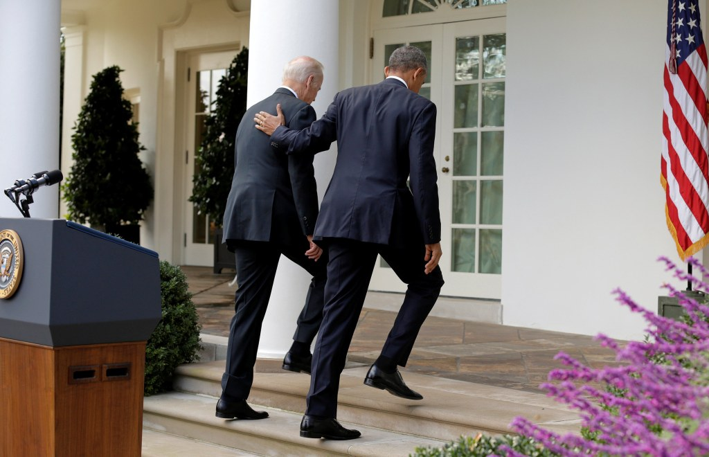 Image: U.S. President Barack Obama walks with U.S. Vice President Joe Biden after speaking about the election of Donald Trump in the U.S. presidential election at the White House in Washington