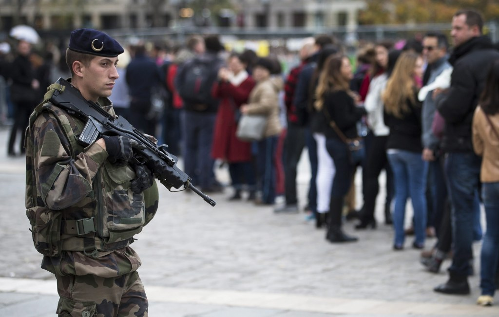 Image: Security measures heightened after Paris attacks