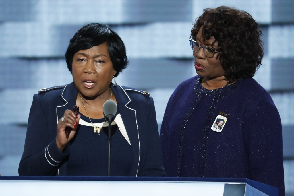 Image: Felicia Sanders, survivor of the Mother Emanuel Church shooting in Charleston, SC, at the DNC