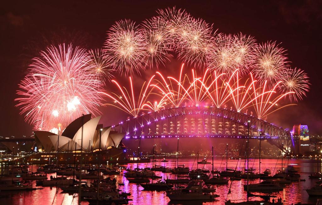 Image: New Year's Eve Fireworks light up the sky above Sydney.