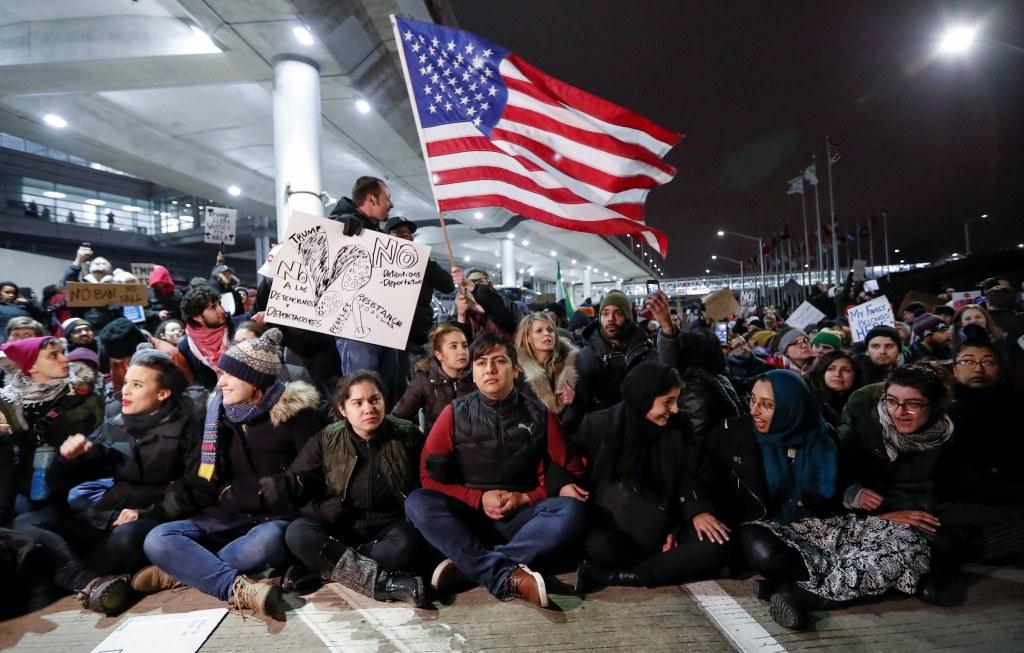 news live trump travel executive order world protests