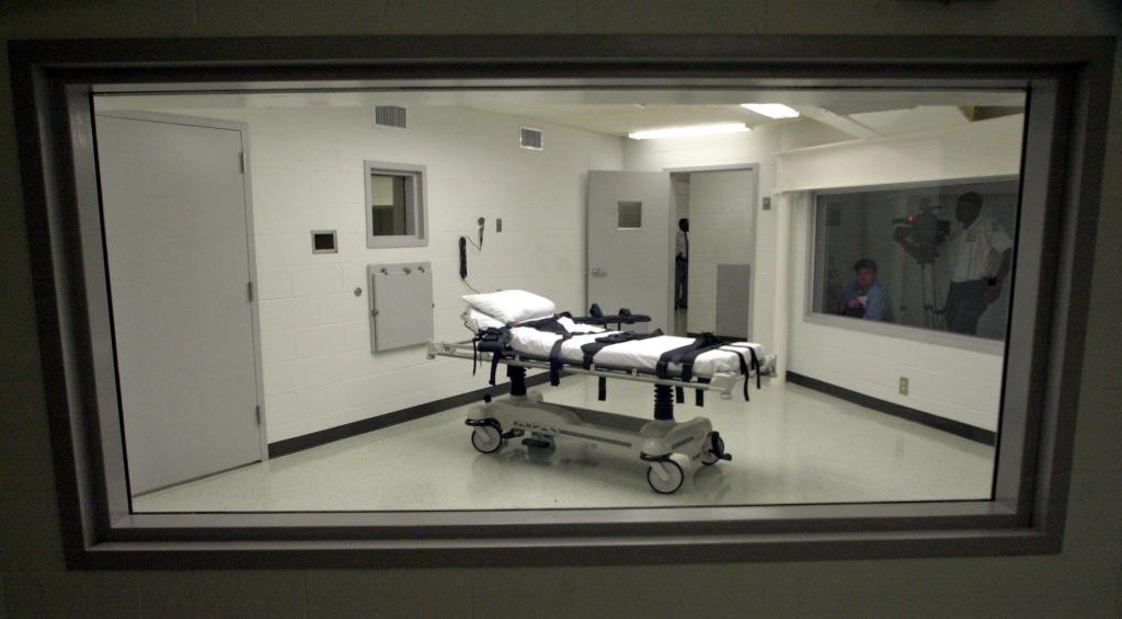 Image: Alabama's lethal injection chamber at Holman Correctional Facilit
