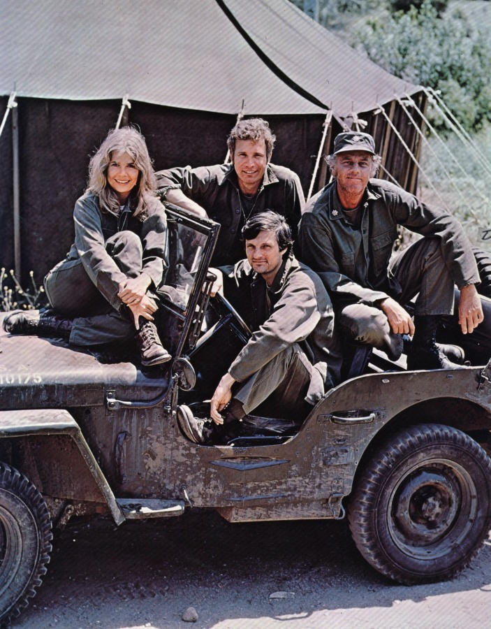 Image: Cast members of the hit television show M.A.S.H