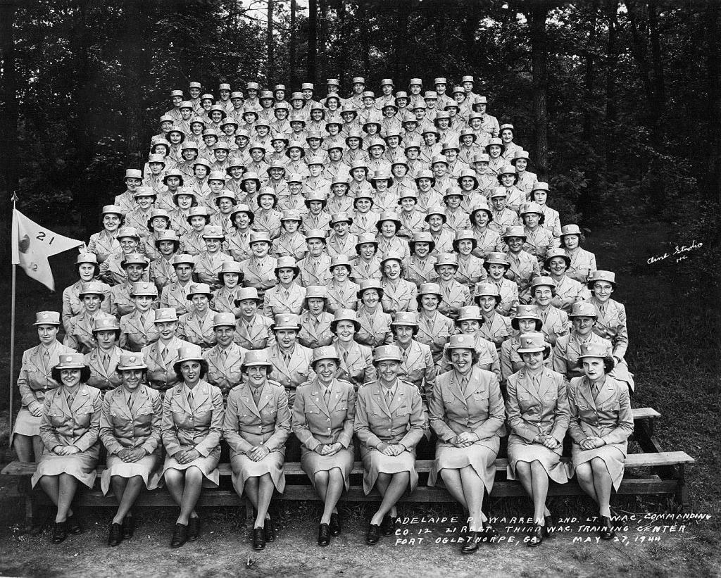 Image: Esther Blake 1944 third WAC training center