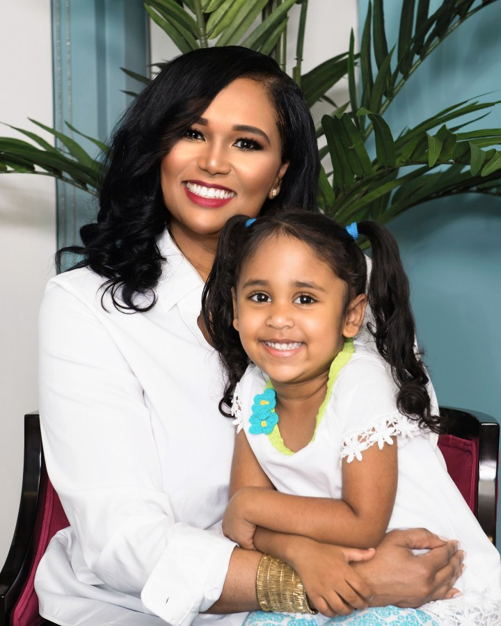 Image: Texas State Representative Shawn Thierry and her four year old daughter Klaire