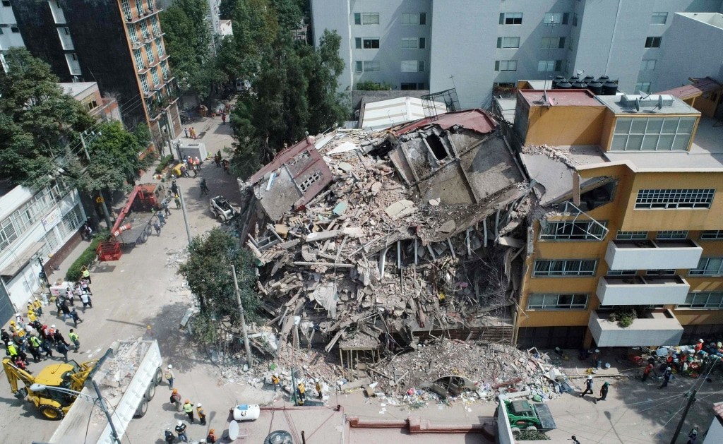 macro effects of massive earthquake upon Response of a soil deposit is dependent upon the exercise is similar to the macro level conditions which would enhance the earthquake effects like.