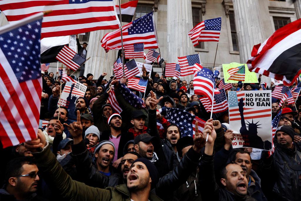 Image: Yemen demonstrators against travel ban