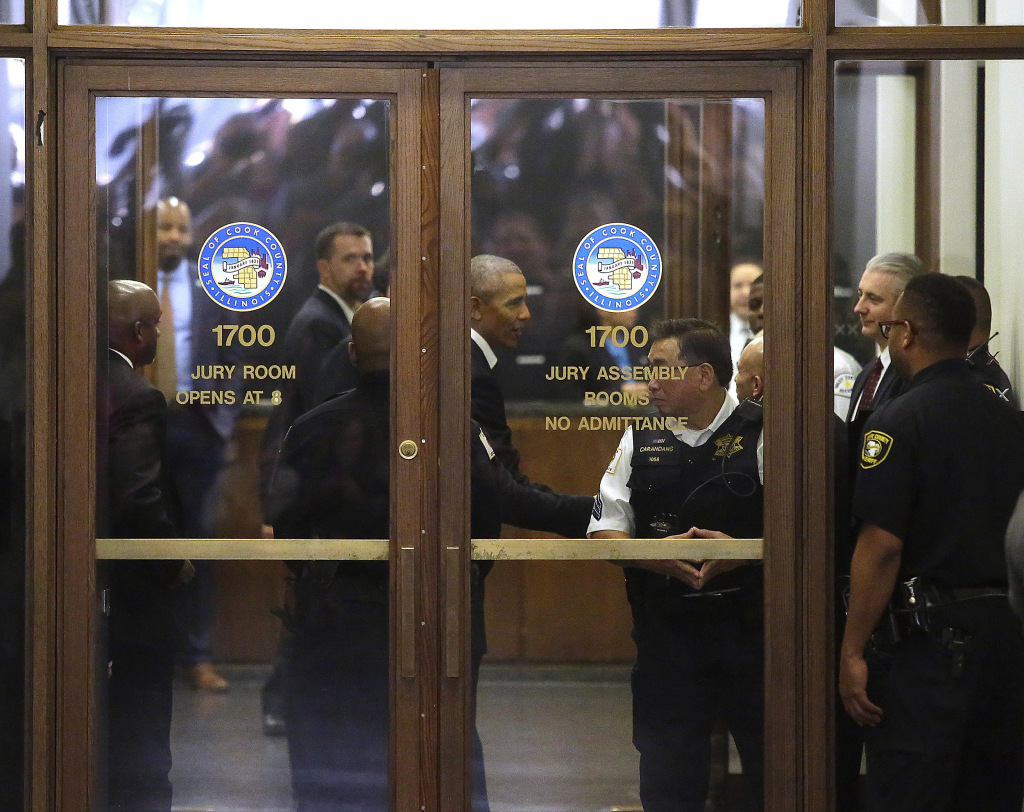 Image: Former President Obama Reports For Jury Duty In Chicago