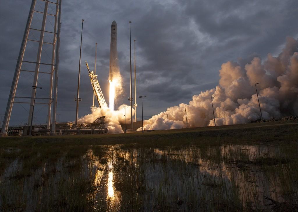 Image: Orbital ATK CRS-8 Mission