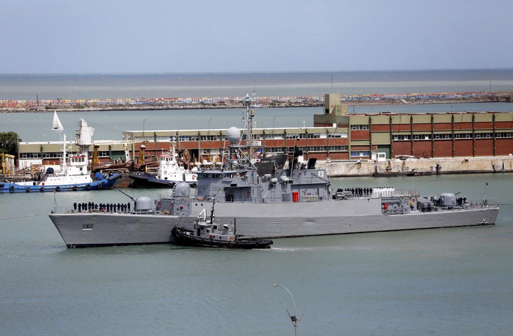 Image: Comandante Espora Argentine ship sails off the navel base