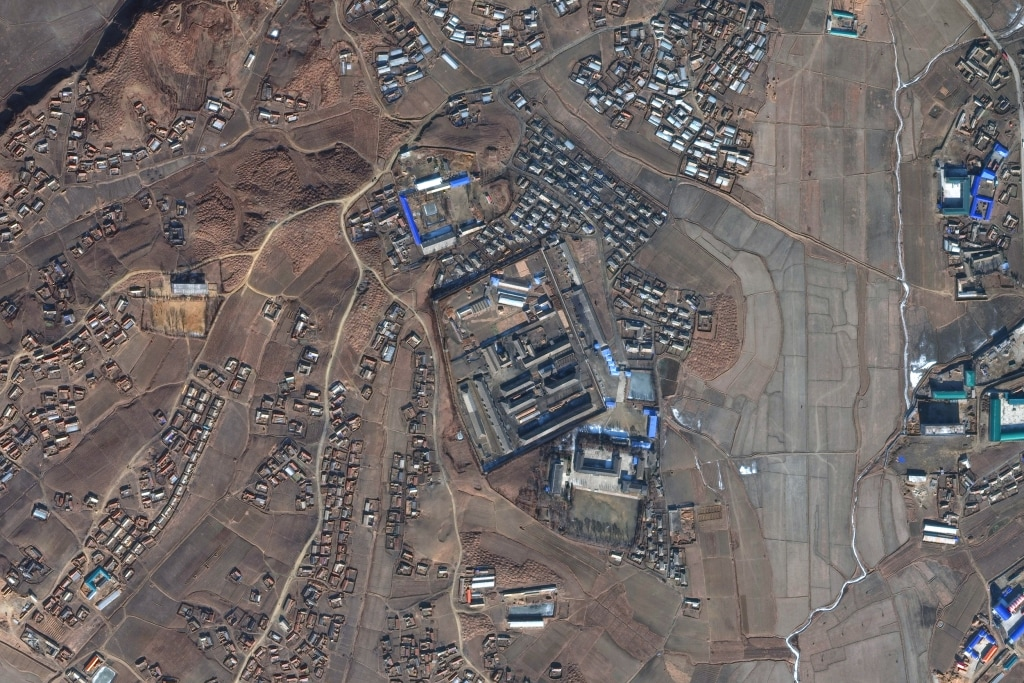 DigitalGlobe satellite imagery of Sinuiju concentration camp (Kyo-hwa-so No. 3) - a reeducation camp in North Korea.