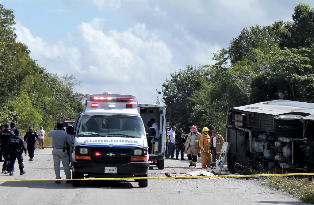 Image: Mexico bus crash