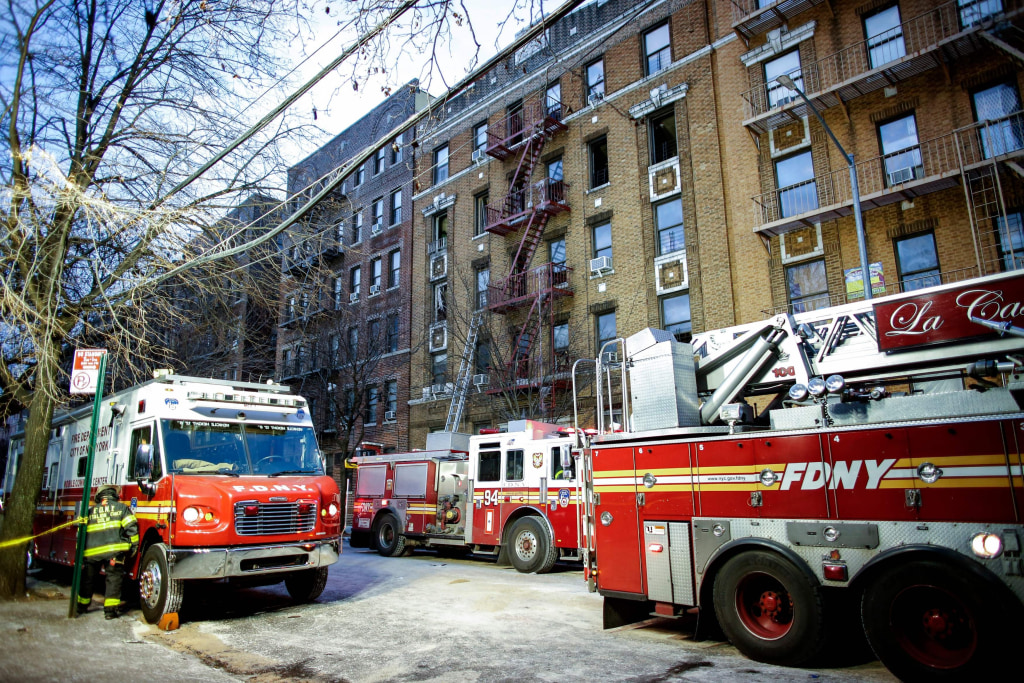 Image: US-DESASTER-FIRE-NEW-YORK