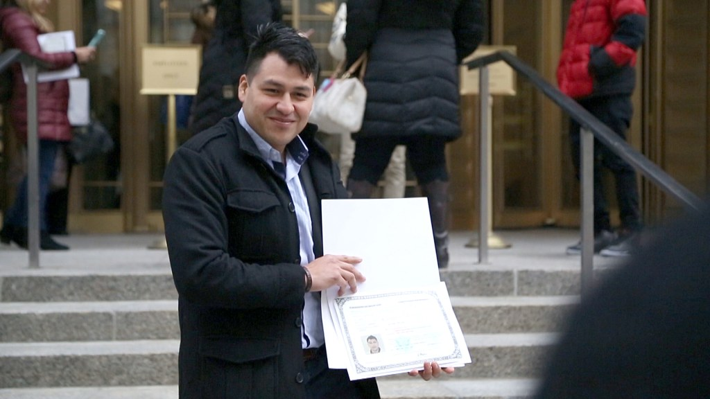 Image: Mario Barrientos at his naturalization ceremony