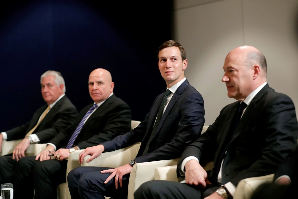 Image: U.S. Secretary of State Tillerson, National Security advisor McMaster, Senior Advisor Kushner and assistant for economic policy Cohn attend U.S. President Donald Trump's and Israeli PM Benjamin Netanyahu's meeting during the WEF annual meeting in D
