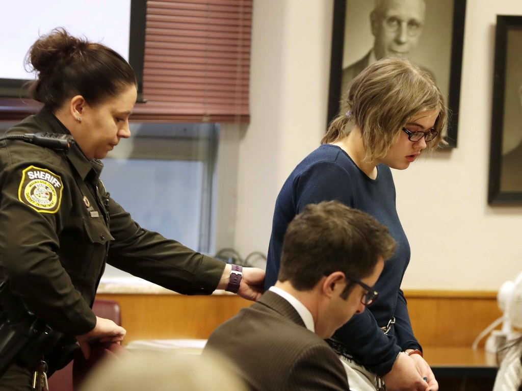 Image: Morgan Geyser, 15, appears for sentencing