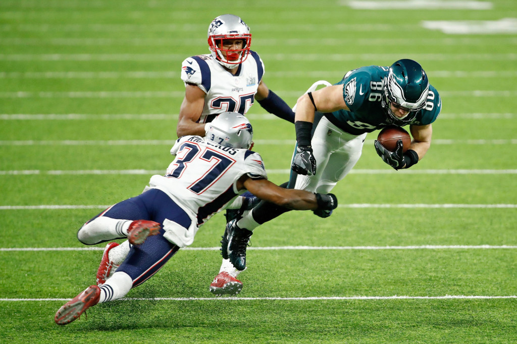 Eagles topple mighty Patriots, 41-33, to win first Super Bowl