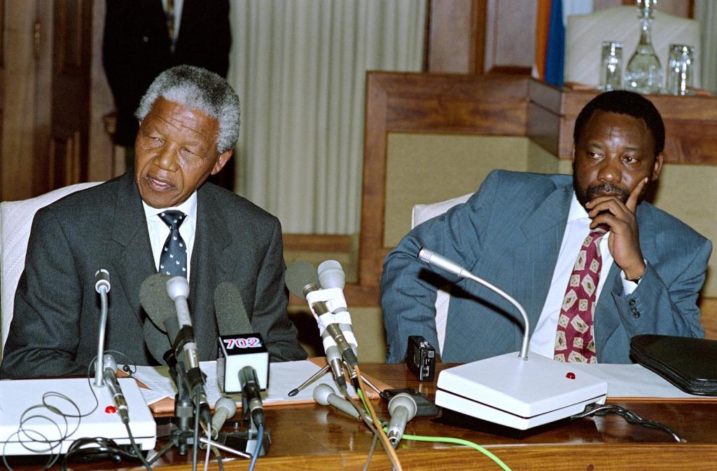 Image: Mandela and Ramaphosa