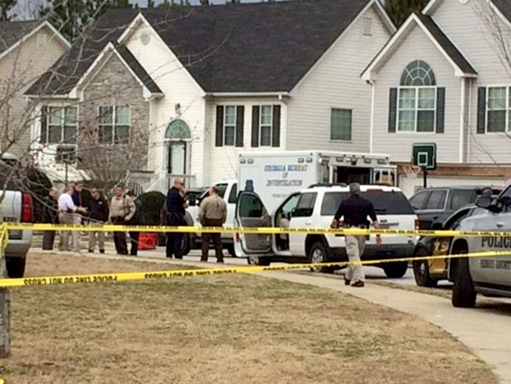 Image:  A police officer was killed and two deputies were seriously wounded