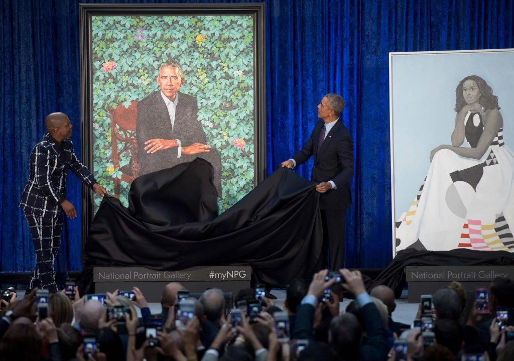 Image: Obama unveils his portrait alongside artist, Kehinde Wiley