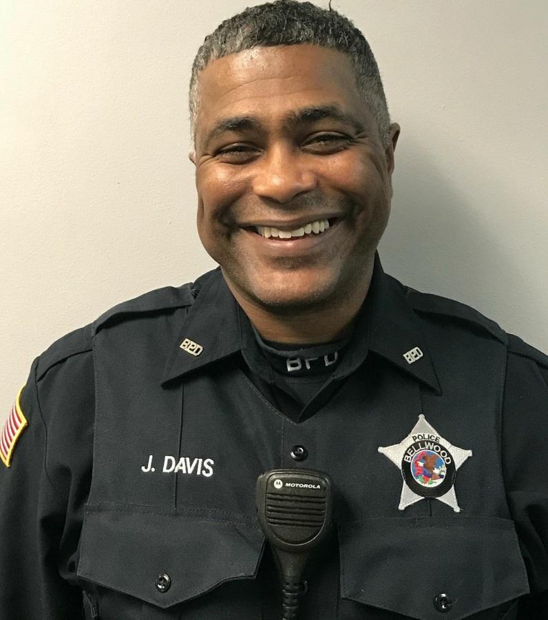 Image: Bellwood Police Officer James Davis Sr.
